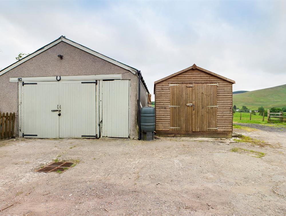 Stables/Garage/Shed